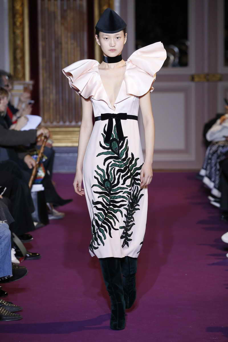 Andrew GN Ready to wear fall winter 2018 -19; Paris february March 2018
