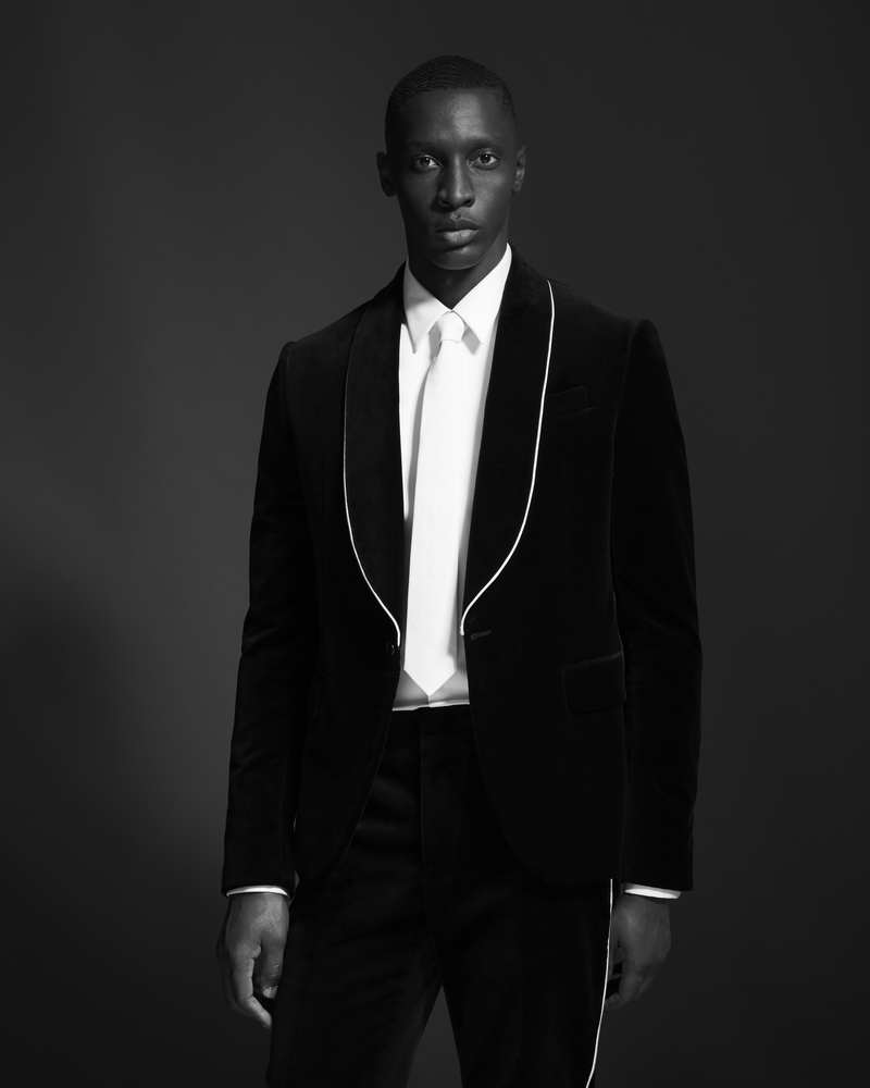 GIVENCHY INTRODUCES THE FALL 2017 TUXEDO CAPSULE