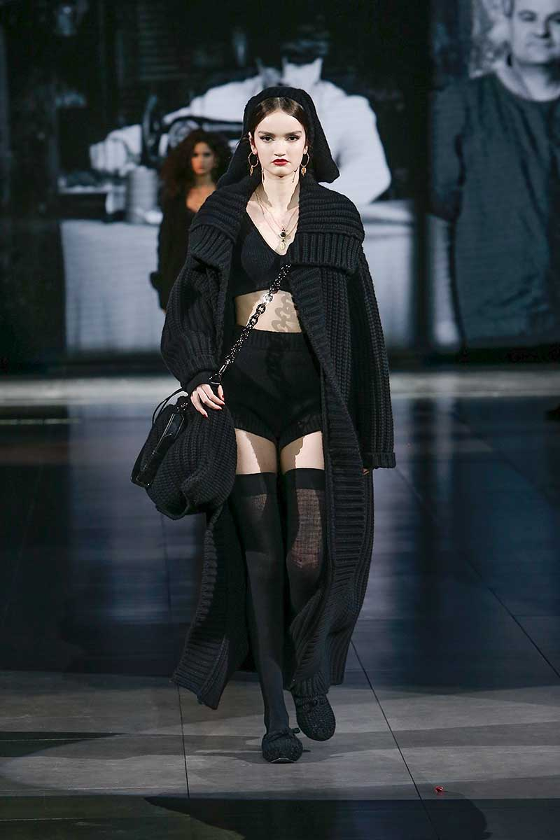 Dolce & Gabbana's comfy and luxurious knitwear. Fashion trends winter 2020 2021. The hottest knitwear trends - Photo courtesy of Dolce & Gabbana