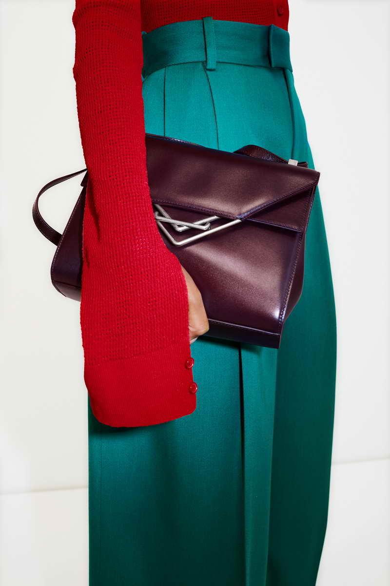 Bottega Veneta Wardrobe 01 - The Clip Bag
