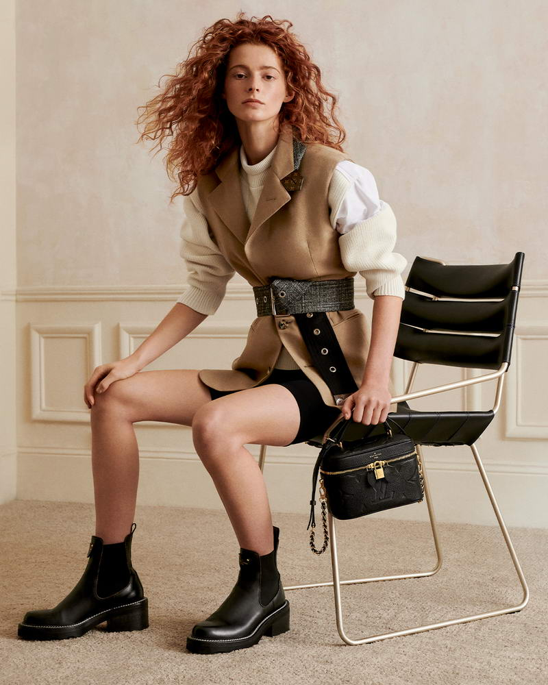 For Spring 2021, Louis Vuitton introduces two new pillars, the Vanity and essential Onthego MM in iconic permanent colors