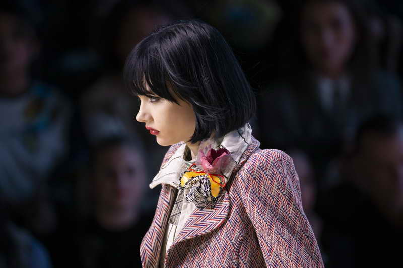 Louis Vuitton Spring-Summer 2020 Women's Fashion Show (focus on the accessories)