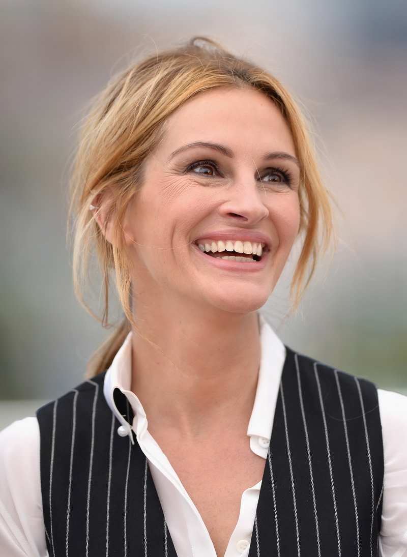 "CANNES, FRANCE - MAY 12:  Julia Roberts attends the ""Money Monster"" photocall during the 69th annual Cannes Film Festival at the Palais des Festivals on May 12, 2016 in Cannes, France.  (Photo by Dominique Charriau/WireImage)"