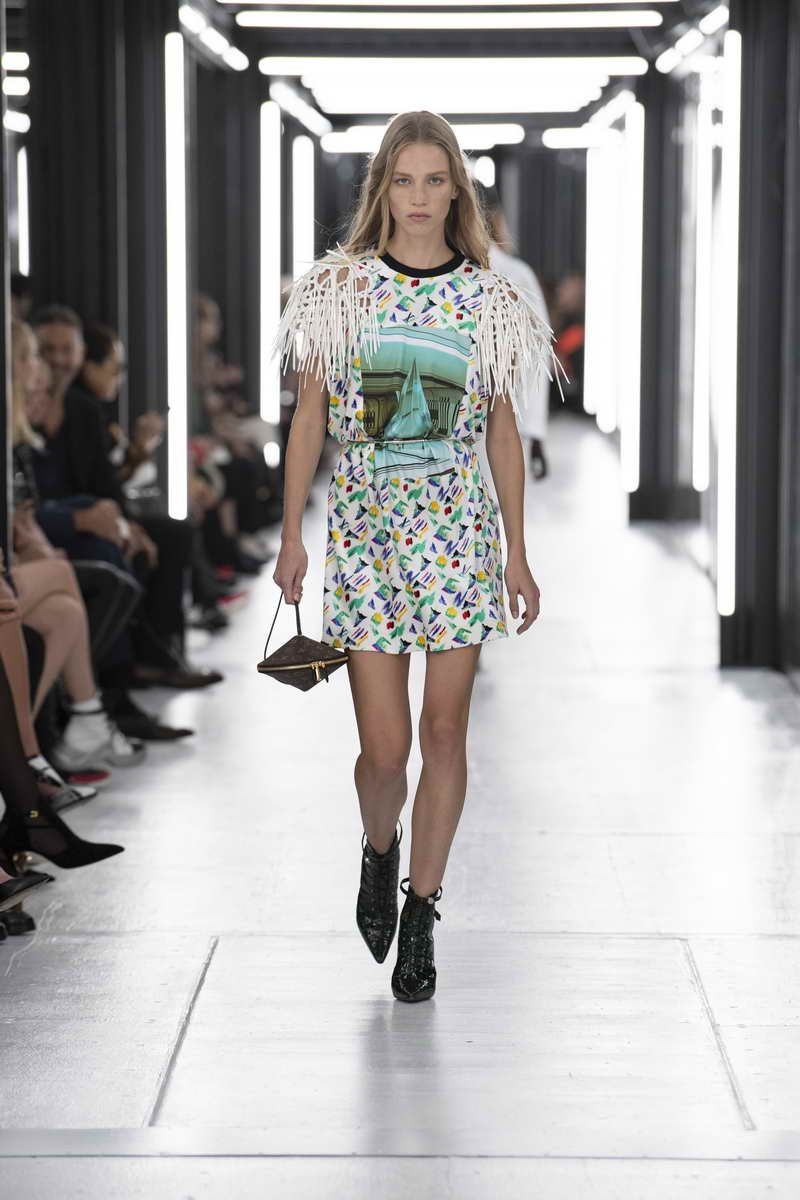 Louis Vuitton Women's Spring-Summer 2019 Collection ...