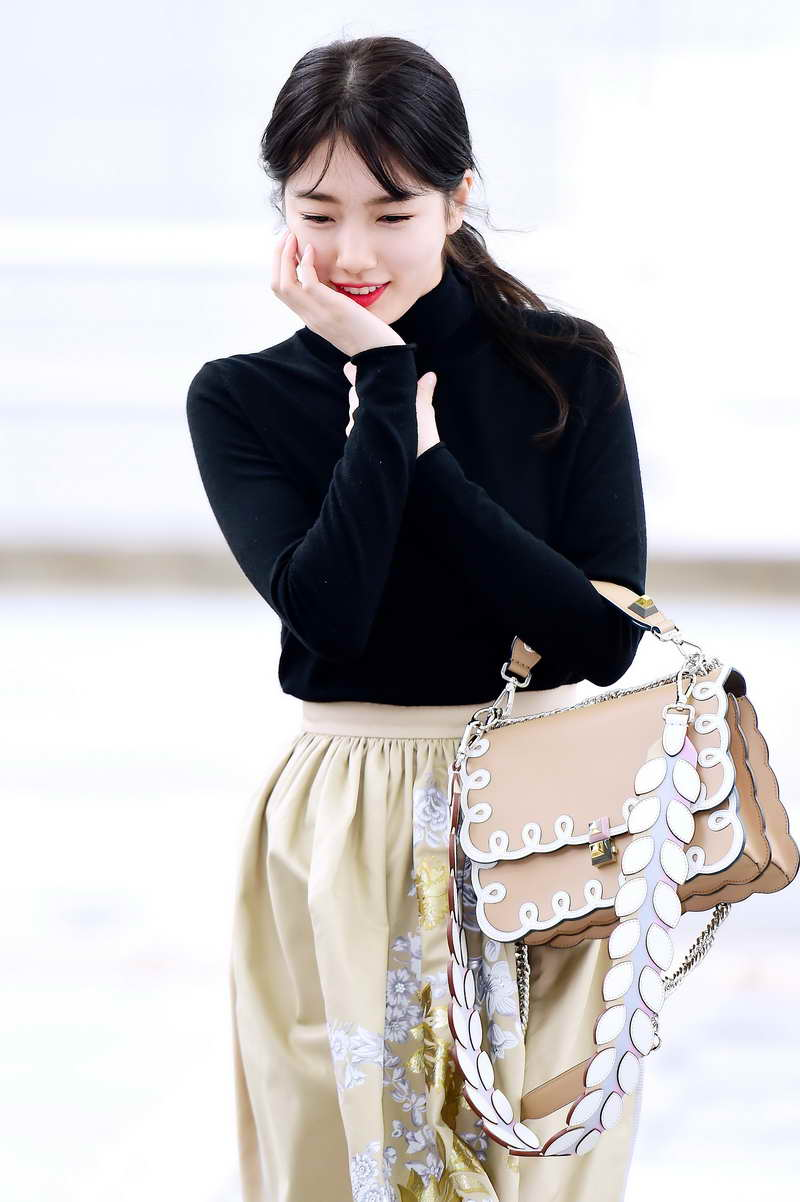 Suzy of Miss A Hits Seoul Incheon Airport in FENDI