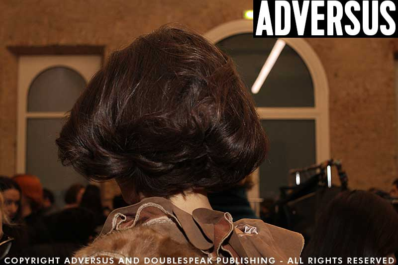 Hair styles. How to create a little faux bob hair style. Fashion Show: Les Copains FW 2018 2019, hair: Peter Gray, ph. Charlotte Mesman