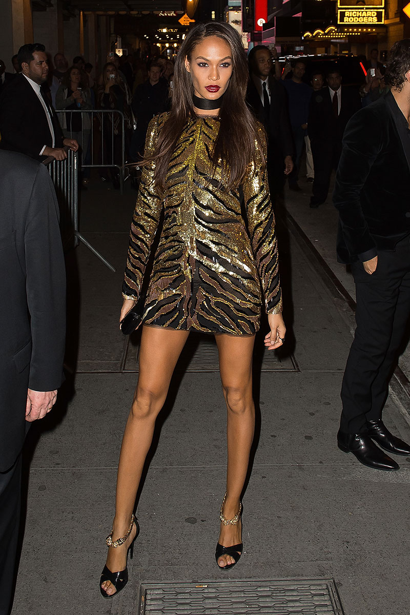 joan-smalls-roberto-cavalli-by-peter-dundas