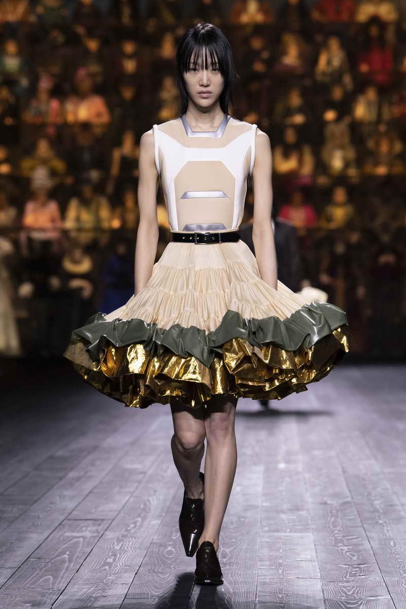 Louis Vuitton Fall-Winter 2020 Women's Fashion Show Collection