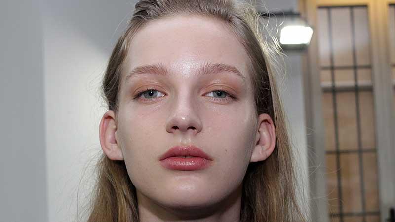 Make-up AI 2018 2019. Fashion Show: Krizia. Make-up artist: Pablo Rodriguez, M.A.C, ph. Charlotte Mesman